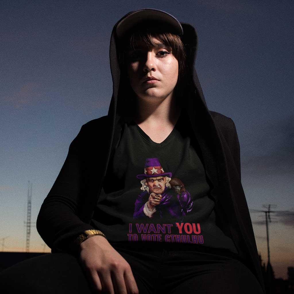 Aunt Keziah Mason Wants You to Vote for Cthulhu Women's T-Shirt