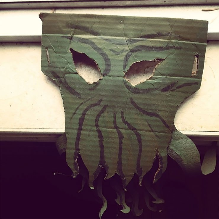 Homemade Cthulhu mask seeks good home #diy by bloodonasnuggie